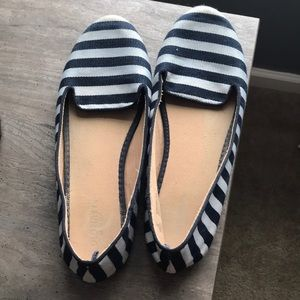 Old navy blue and white striped flats
